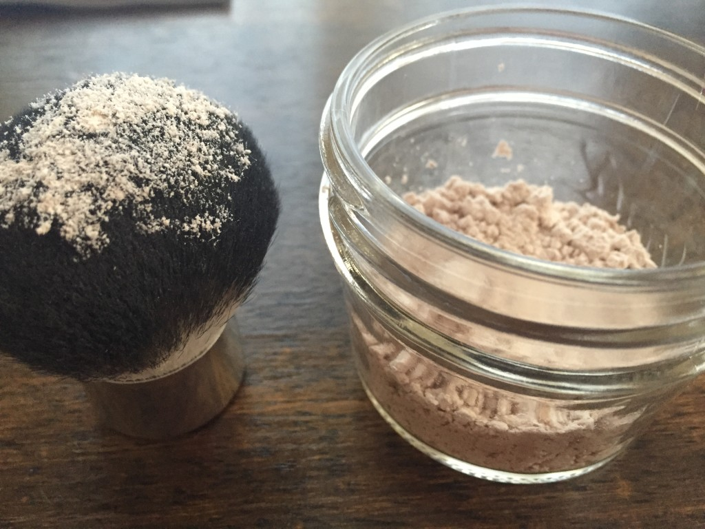 How to make your own powder foundation